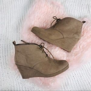 DV BY DOLCE VITA - LACE TIE WEDGE BOOTIES